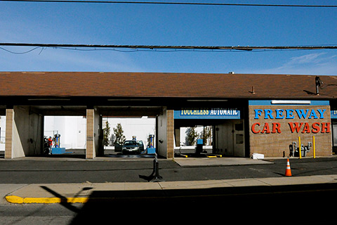 Freeway Car Wash - Pawtucket on Broadway