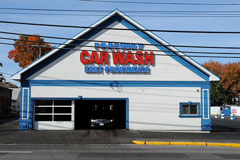 Freeway Car Wash - East Providence